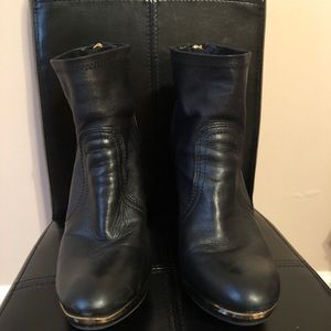 Tory Burch Boots 8.5
